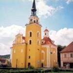 Kostel ve Vlachovo Březí Oprava fasády a střešní krytiny.